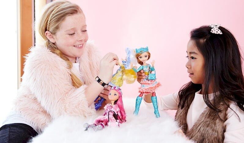 евочки играют с принцессами epic winter