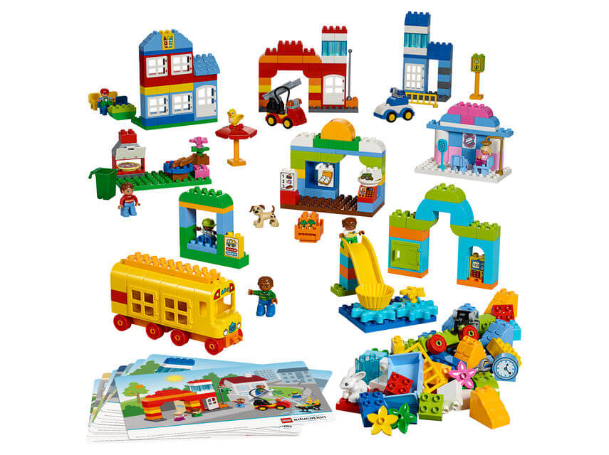 lego duplo our town