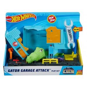 Игровой набор Hot Wheels Атака крокодила в гараже FNB06